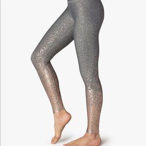 NWT - Beyond Yoga ombre high waisted midi legging